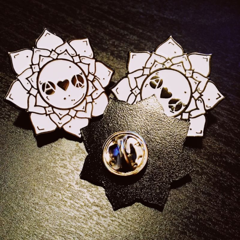 Значок металлический «Цветок»
